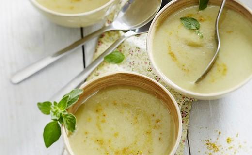 recette de soupe d 39 endives au curry de madras i cook 39 in. Black Bedroom Furniture Sets. Home Design Ideas